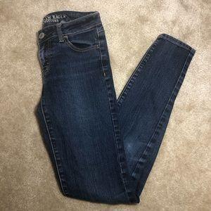 American Eagle sz 0 dark washed jeans
